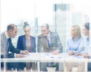 דירקטורים ומנהלים בכירים